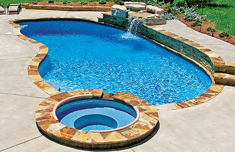 flagstone-coping-contrasts-deck-1.jpg