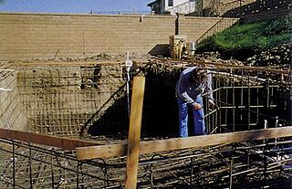 shaping and installing steel rebar into pooljpg. beautiful ideas. Home Design Ideas