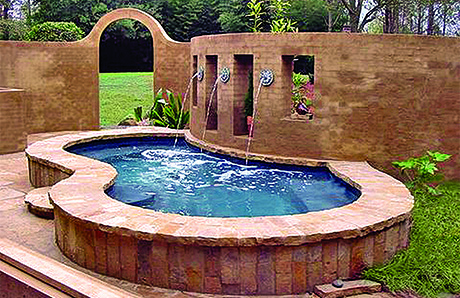 5.Elevated-on-ground-gunite-swimming-pool.jpg