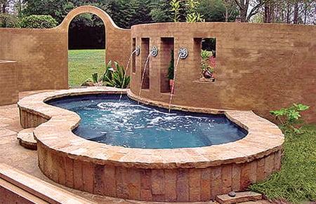 5.Elevated-on-ground-gunite-swimming-pool.jpg