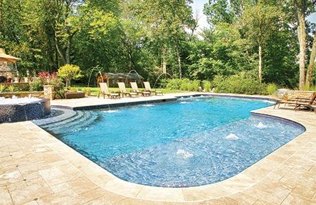 semi-rectangular-pool-with-tanning-ledge
