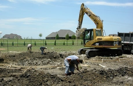 Back-hoe-digging-a-swimming-pool.jpg