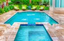 travertine-pavers-on-roman-pool