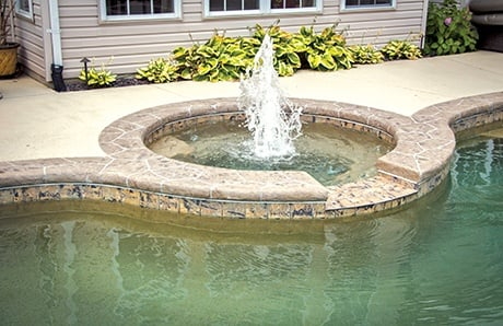 round-spa-with-center-fountain.jpg