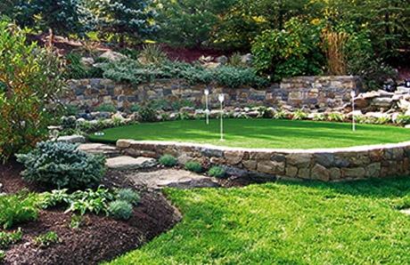 backyard-putting-green.jpg