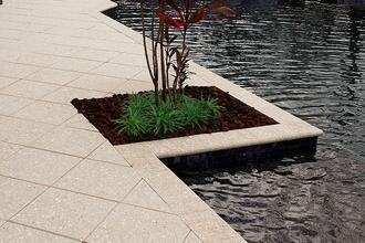 concrete-paver-coping-on-pool