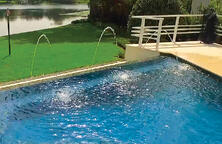 deck-jets-on-infinity-swimming-pool-