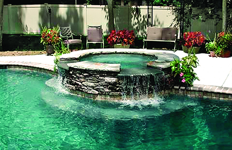 elevated-custom-spa-on-gunite-pool.jpg