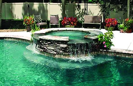 elevated-custom-spa-on-gunite-pool.jpg
