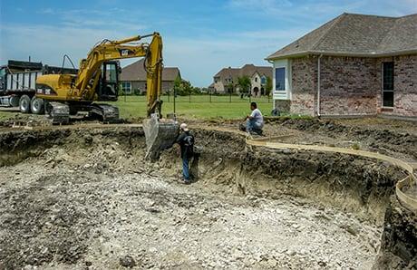 excavator-digging-swimming-pool