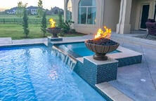 fire-features-on-gunite-spa