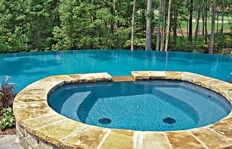 flagstone-coping-on-infinity-pool