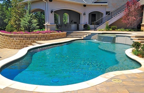 free-form-gunite-pool-with-spa
