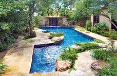 free-form-natural-style-pool
