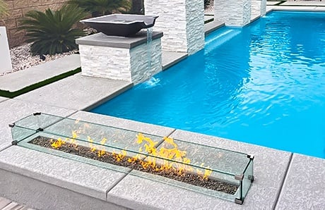 glass-enclosure-pool-fire-pit