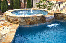 gunite-spa-with-flagstone-coping