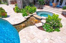 gunite-spa-with-rock-spillway