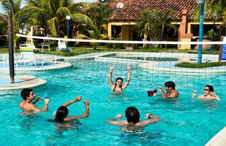 people-playing-volleyball-in-pool.jpg