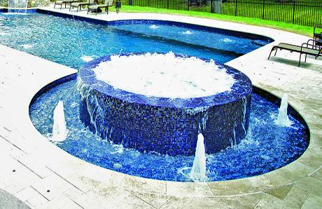 pool-with-full-perimeter-overflow-spa.jpg