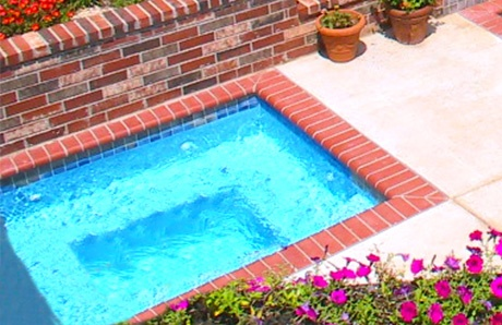 square-inground-spa-with-brick-coping.jpg
