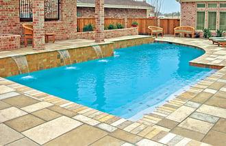 travertine-bullnose-paver-pool-coping-