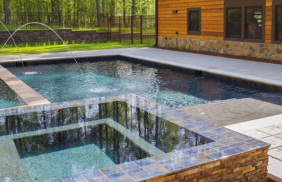 twin-laminars-on-gunite-pool