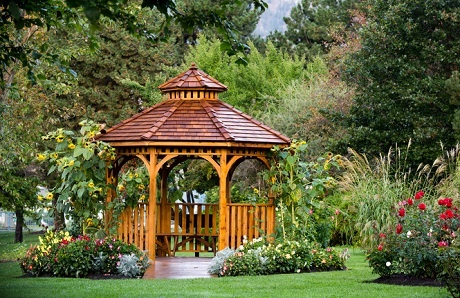 wooden-gazebo-on--backyard-lawn.jpg