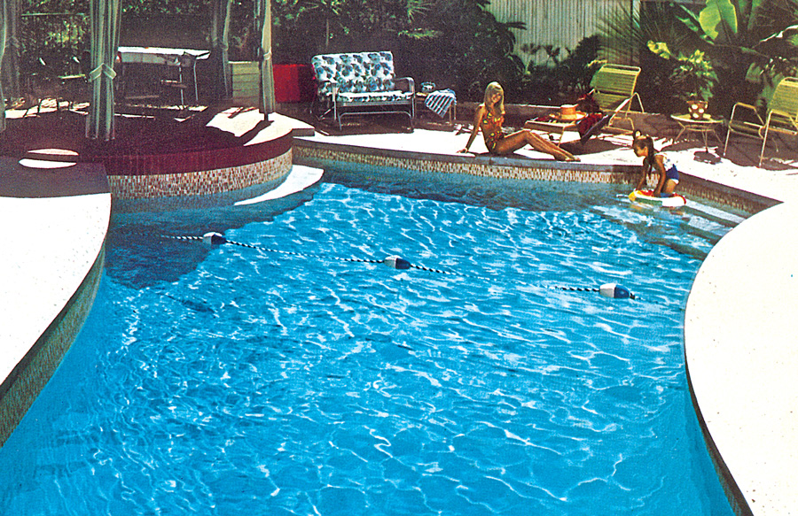 retro-pool-with-deep-end-marker