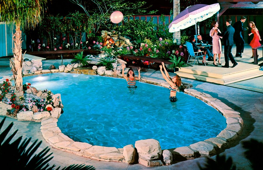 retro-lagoon-style-pool-with-faux-rock-coping