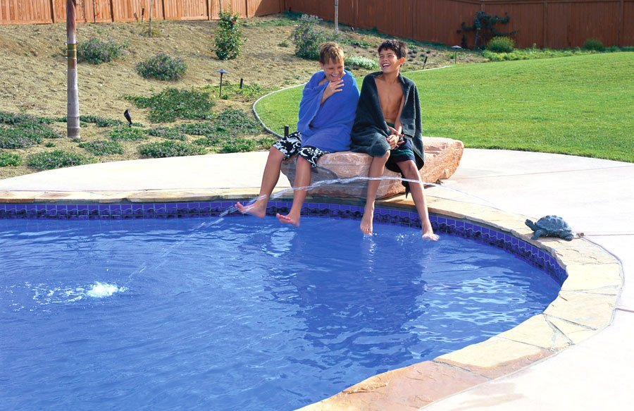 boys-at-pool-with-turtle-statue