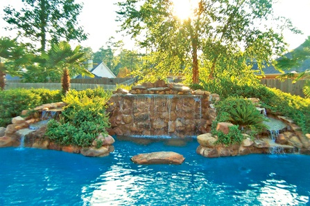 2-Pool-landscaping-plant-pockets