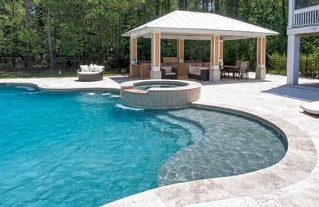 4_Poolside_pavillion_with_seating